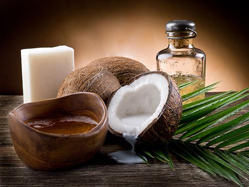 Kokosový orech s kokosovým olejom
